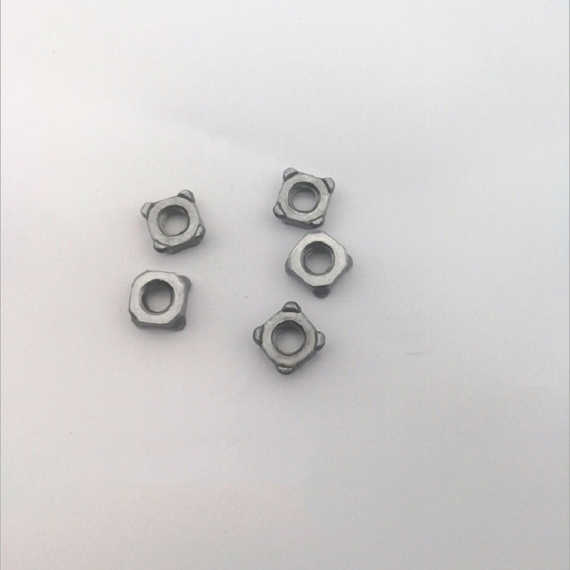 M4-M12 Grade 8.8 Zinc Plated Square Weld Nuts